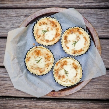 Caramelised Onion, Roasted Garlic & Rosemary Quiche with Olive Oil Crust-4
