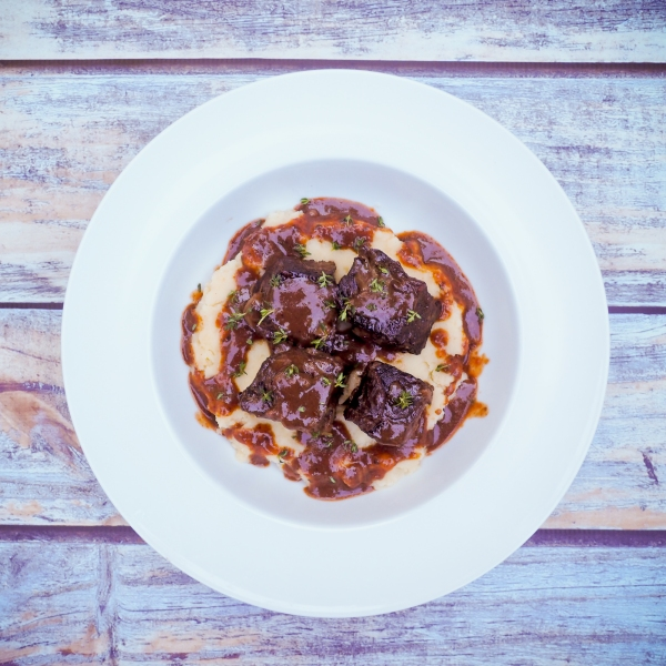 Red wine & herb braised short ribs-4